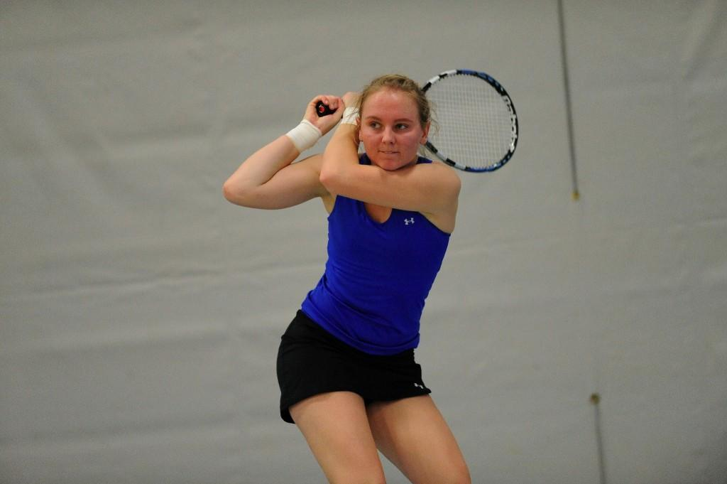 Women's tennis team to start MIAC play on Friday
