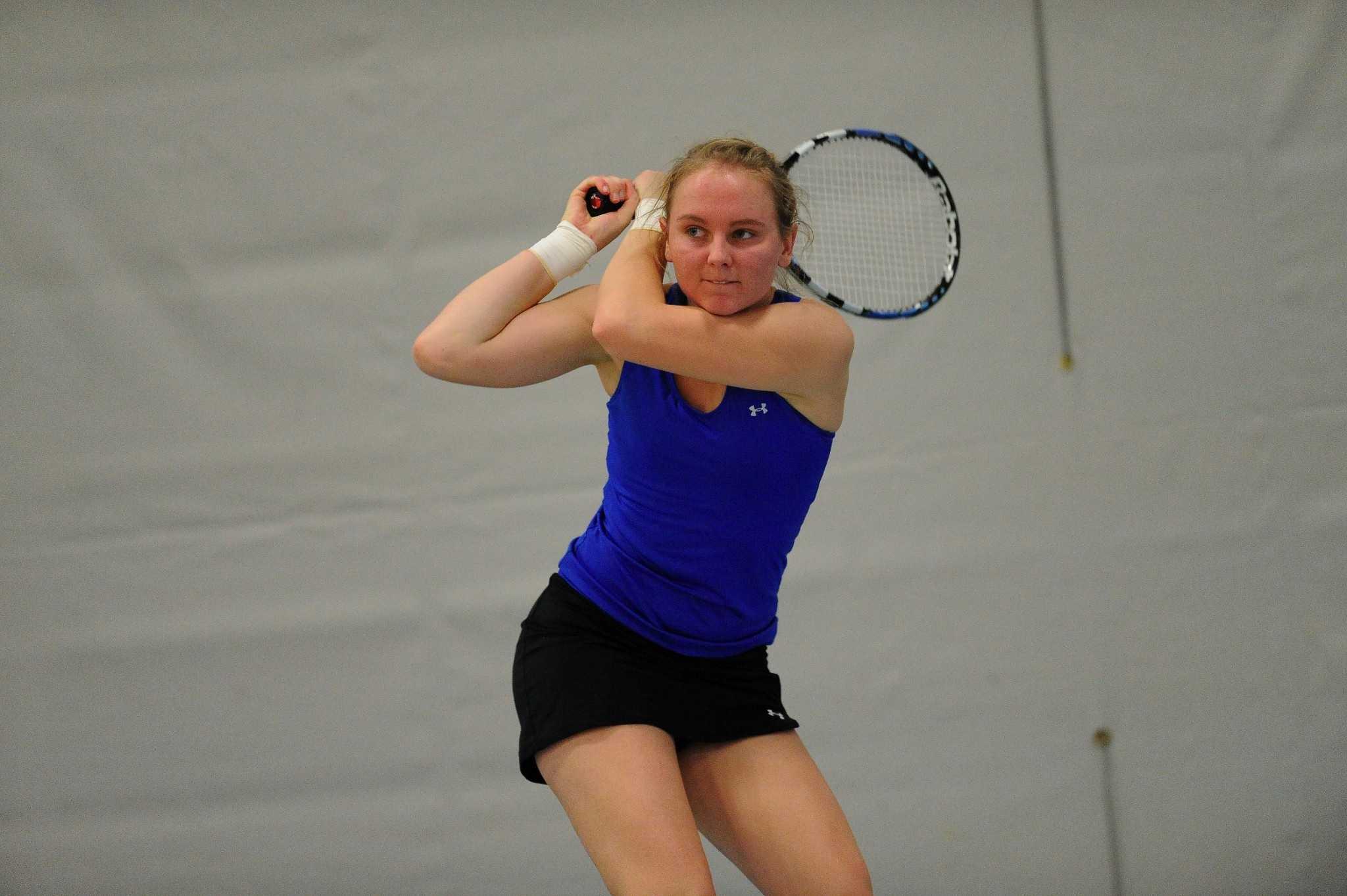 Women's tennis team to start MIAC play on Friday