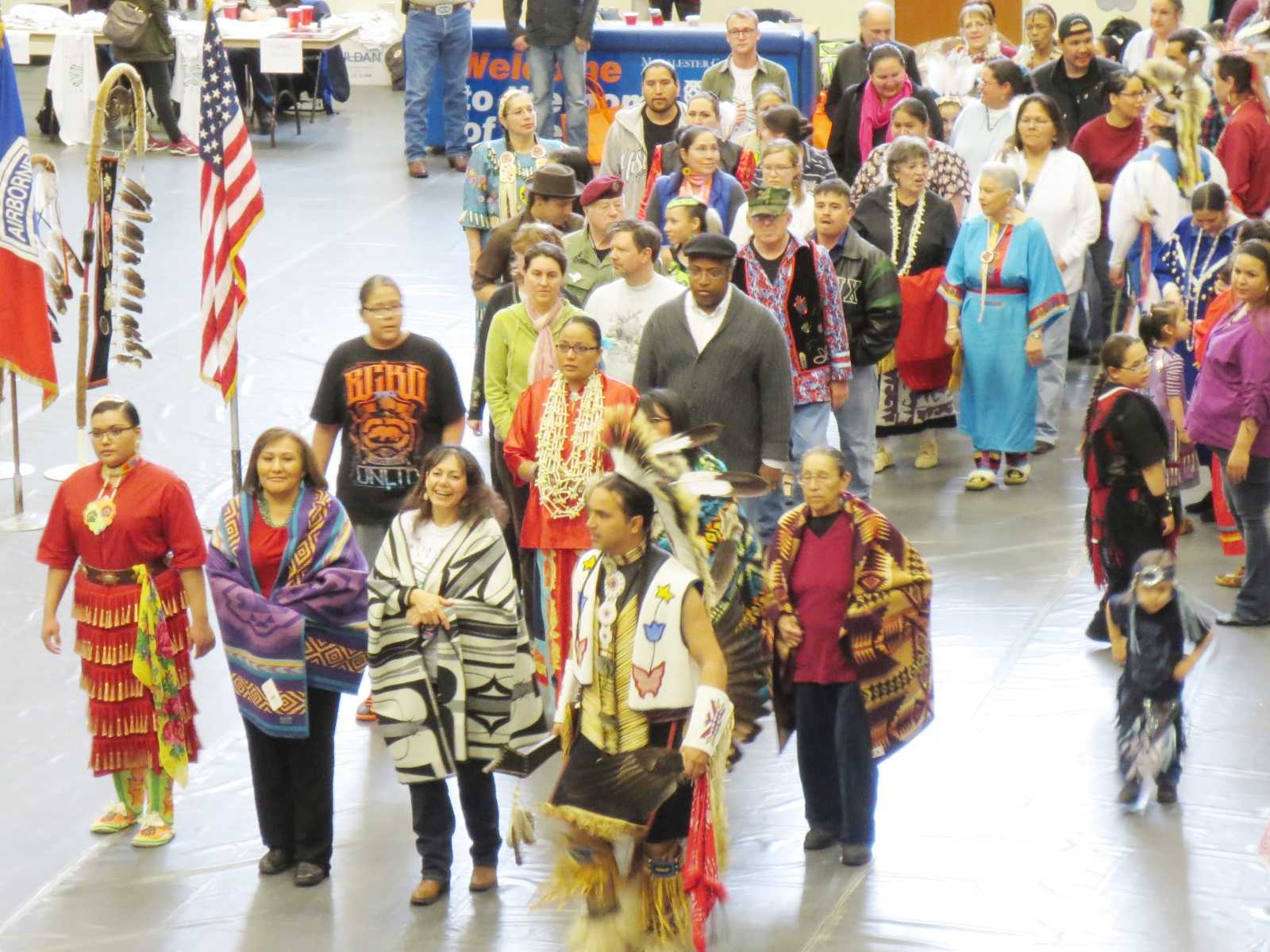 P.I.P.E. stages first pow-wow at Macalester in two decades