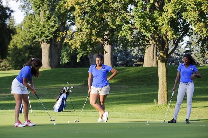 Elena+Baker+%2717%2C+Kyla+Martin+%2715+and+Cydni+McMillian+helped+lead+the+Macalester+women%27s+golf+team+to+the+program%27s+best+54-hole+team+score+ever.+Photo+courtesy+of+Christopher+Mitchell