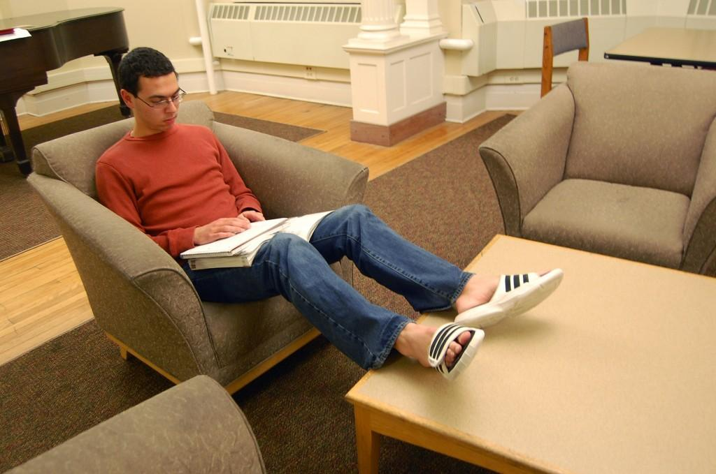 All about all-nighters: Where to study late on Mac's campus