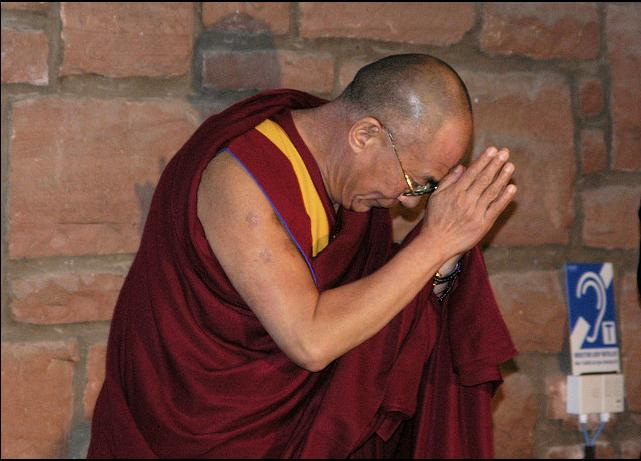 The Dalai Lama's journey to Macalester