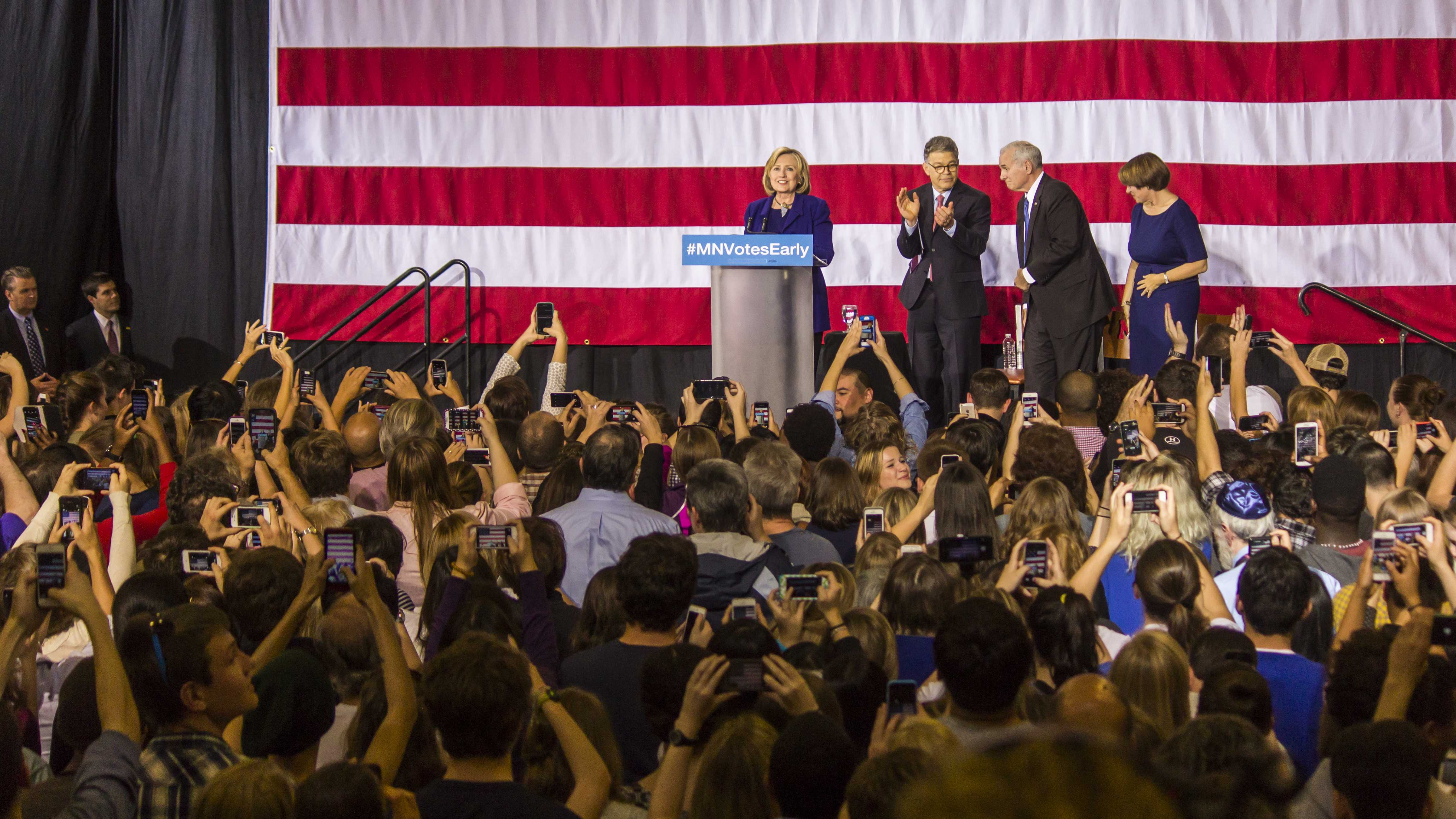 Hillary Clinton campaigns for Franken, Dayton at DFL rally