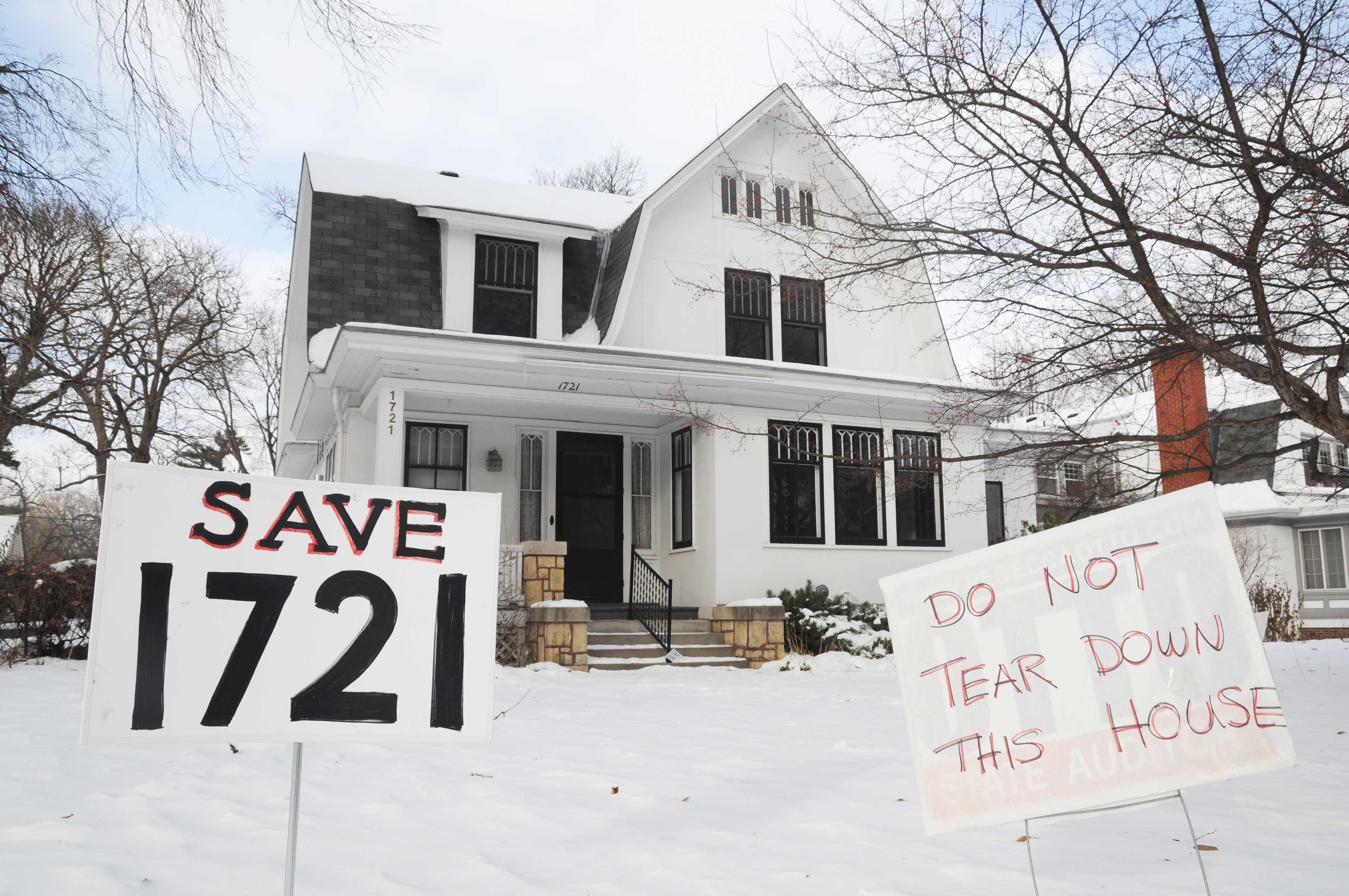 Organizers rally to save historic Tangletown house from demolition