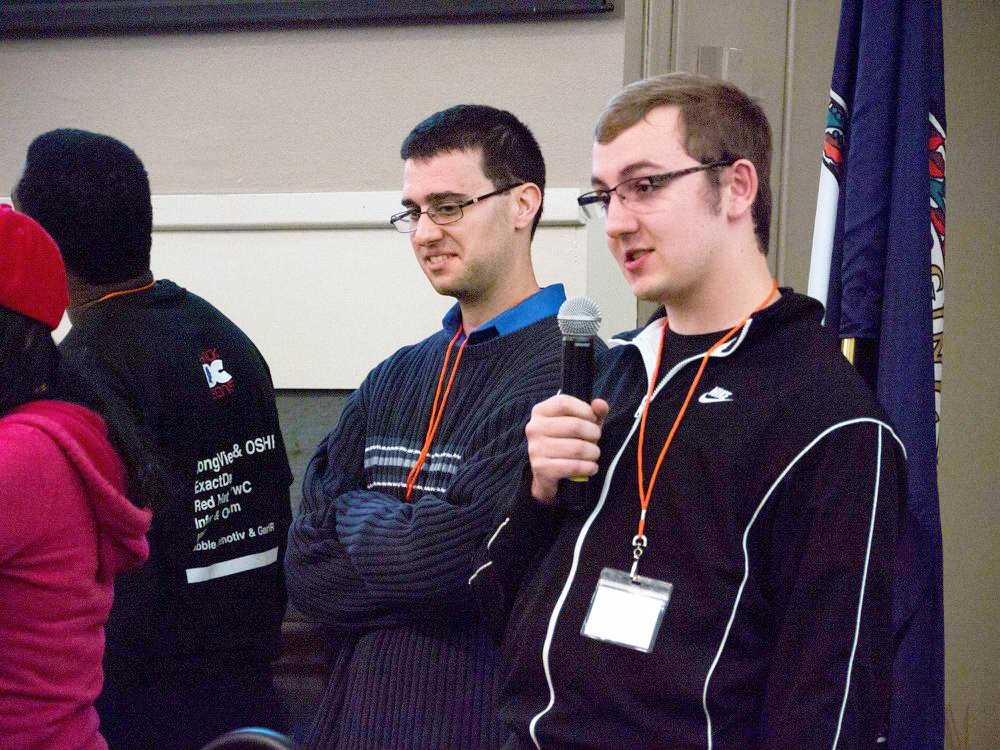 Tyler Sklüzacek '16 and team develop award-winning app