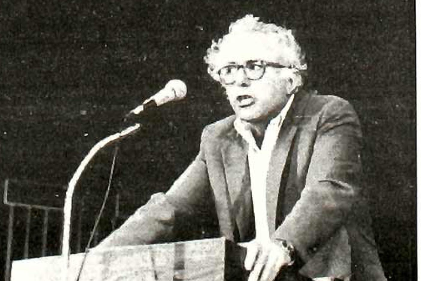 Senator Bernie Sanders addresses Macalester in 1987 in Weyerhaeuser Chapel. Photo by Heidi Freund, reprinted from the April 3, 1987 issue of The Mac Weekly.