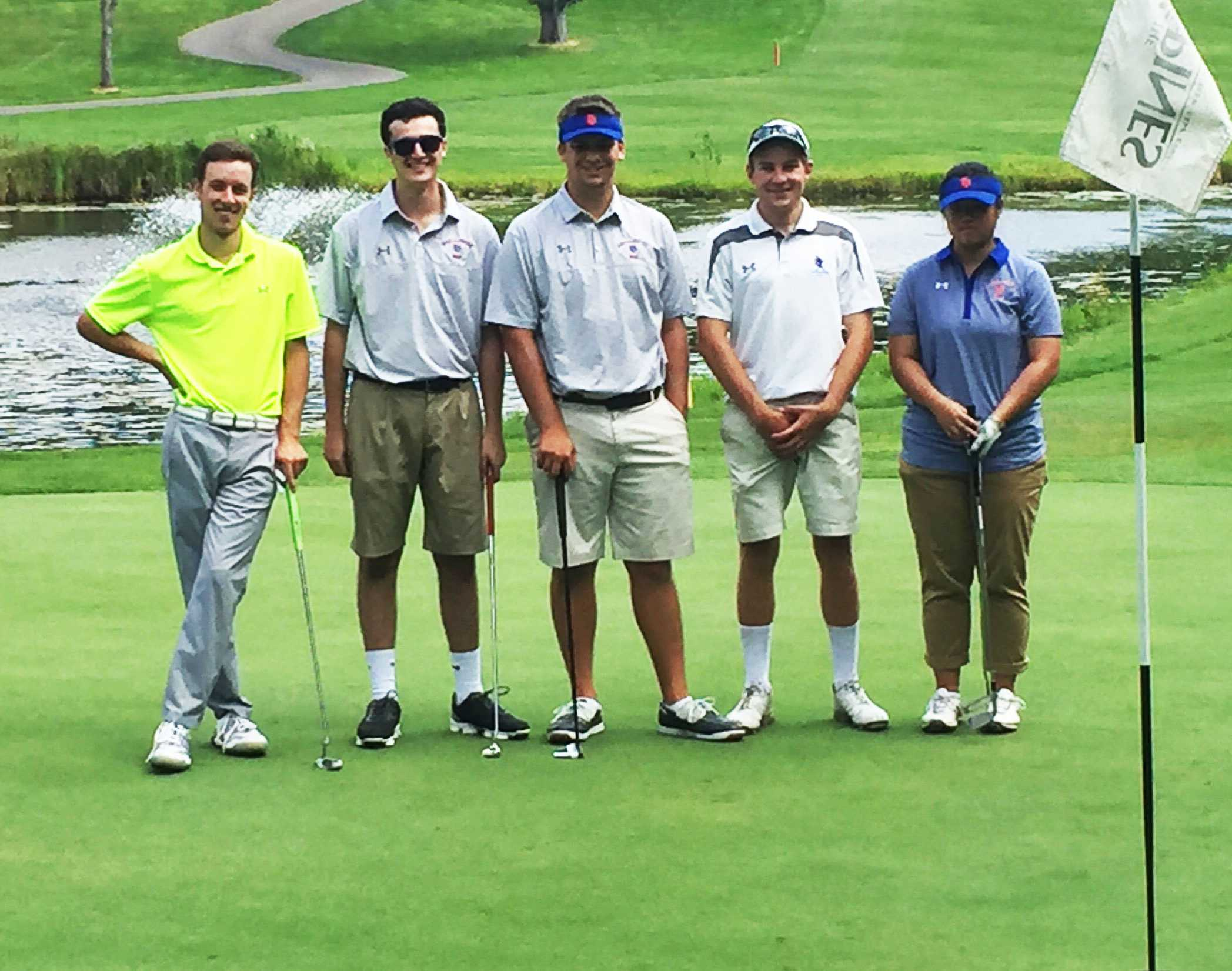 Despite small numbers, the Macalester golf team plans for a brighter future with new head coach. Photo courtesy of Tucker Weisman.