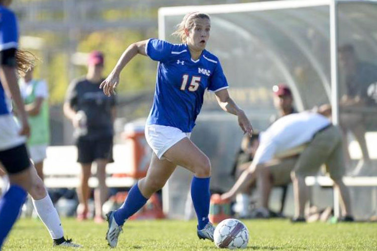 Lily Jilk '16 assists soccer