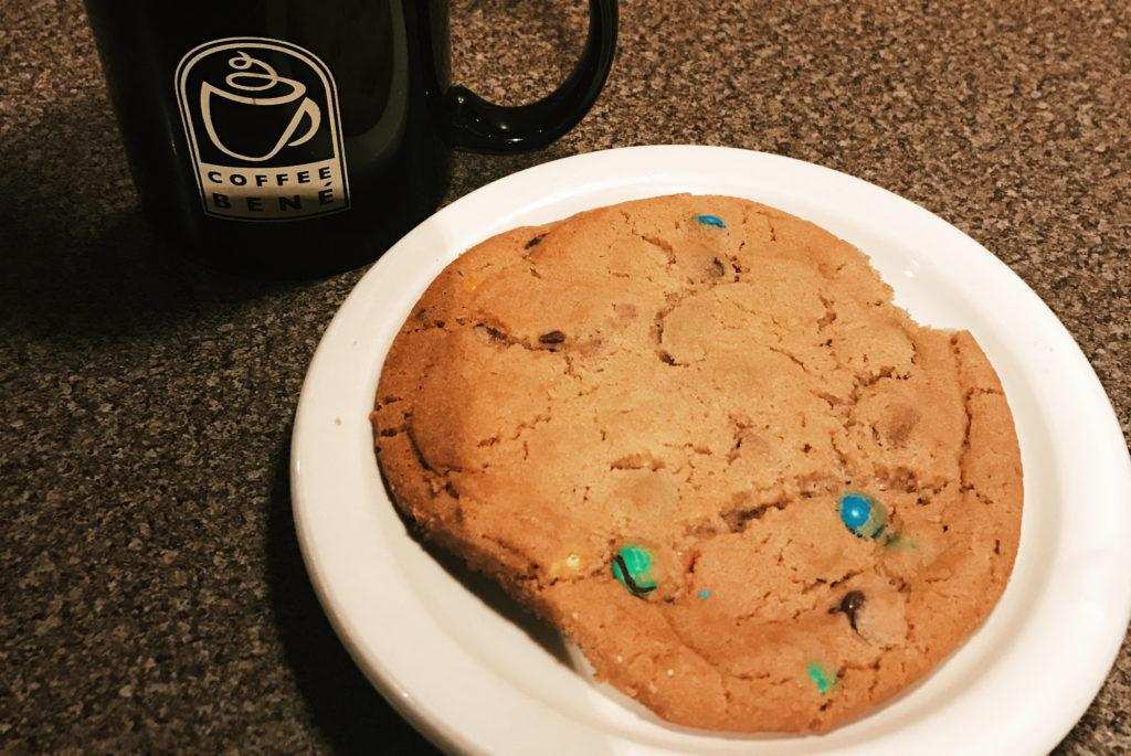 XL+chocolate+chip+cookie+and+black+coffee.+Photos+by+Meera+Singh+%E2%80%9919.