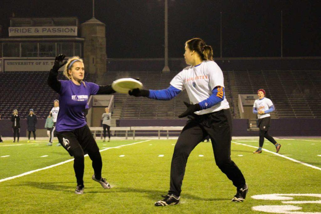 Purse Snatchers and Blue Monkeys compete at Mac-Tommie