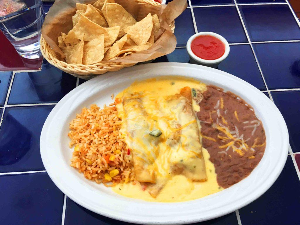 The+enchiladas+lunch+special+at+Dominguez.+Photo+by+Julia+Carpenter+%E2%80%9920.