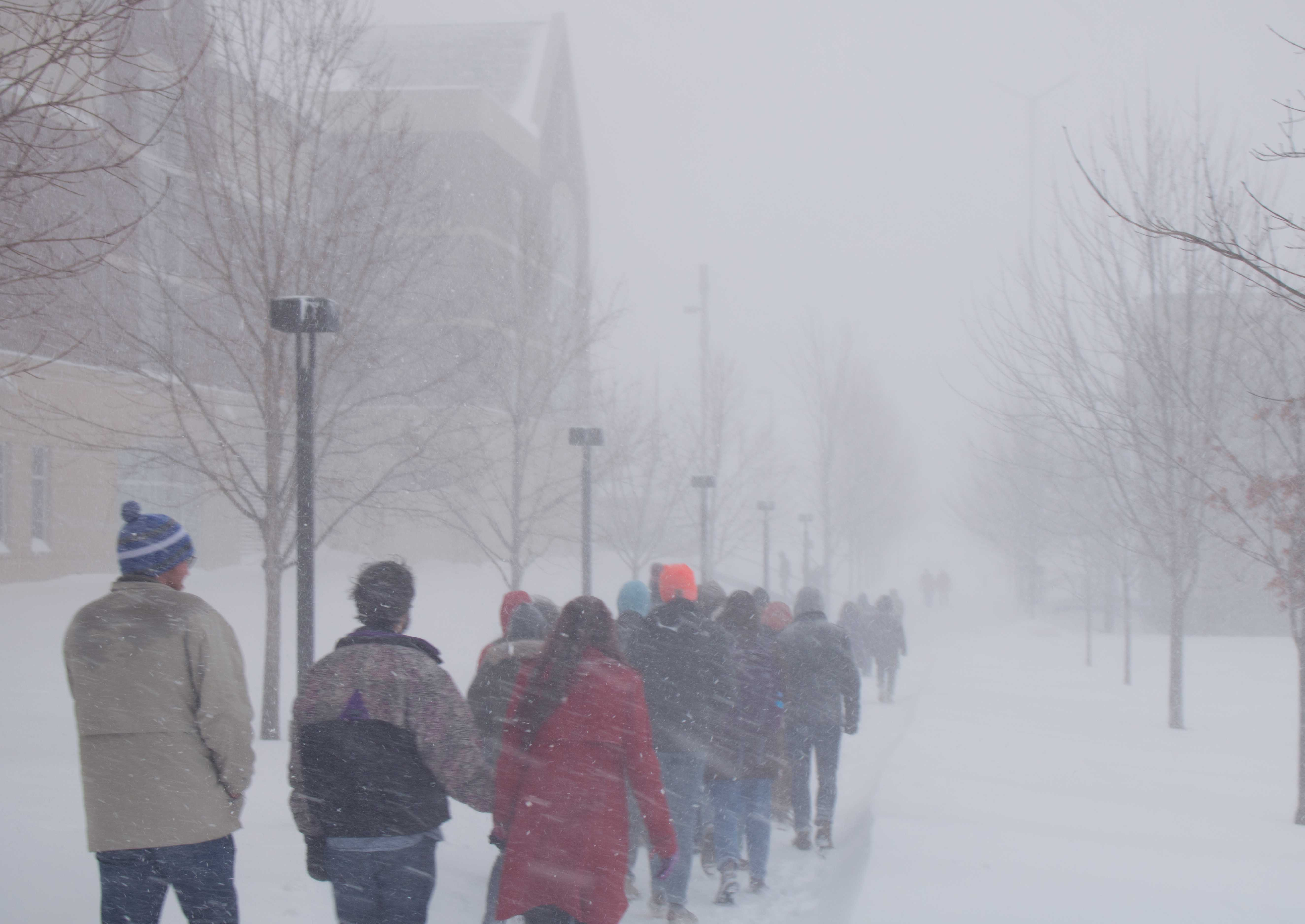 Students trek to the Leonard Center in white-out conditions. Photos by: Will Hamlin '21