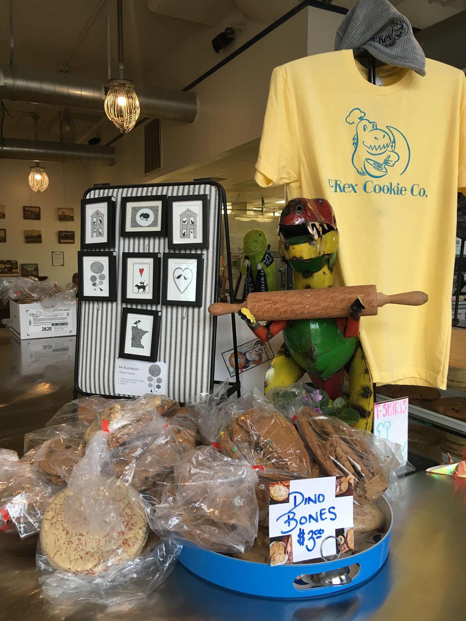 Assortment of dinosaur-themed cookies. Photo by Anna Hestad '19.