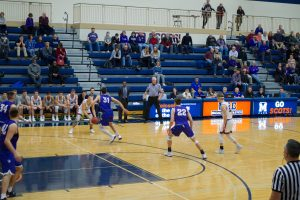 Go deeper: an inside look at 40 minutes of Macalester men's basketball