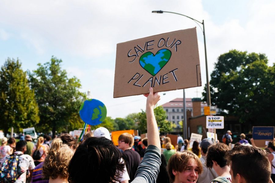 Climate Strikers march to the St Paul Capitol building. Photo by Malcolm Cooke '21.