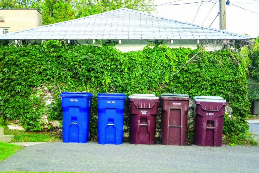 Trash cans and recycling bins in St Paul. Photo by Summer Xu '20.