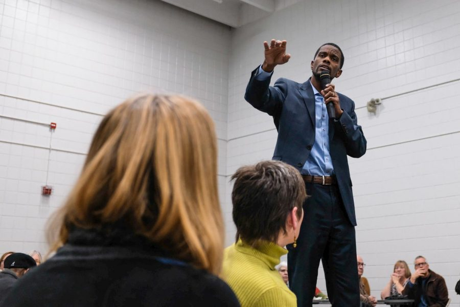 Melvin Carter at the Rice Recreation Center. Photo by Malcolm Cooke '21.