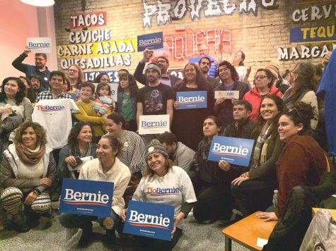 Mac students, alumni help organize Latinx community for Sanders