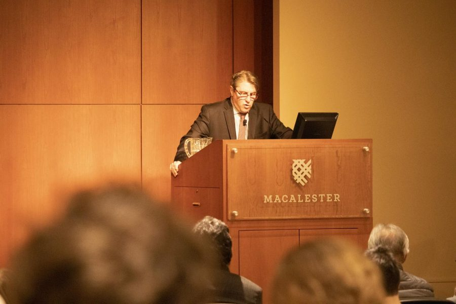 Dr. Patrick J. Deneen speaks at the 39th annual G. Theodore Mitau Lecture. Photo by Shosuke Noma '23.