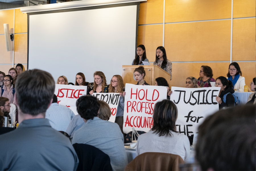 Cha shocks faculty meeting with protest (+photo story)