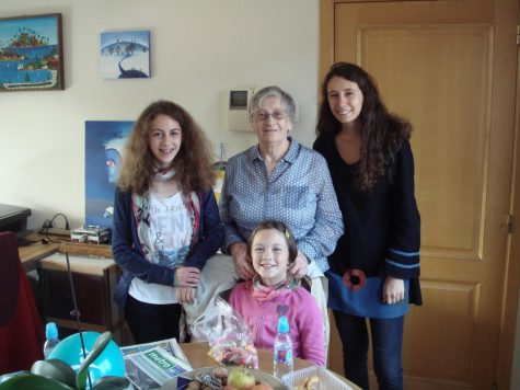 Mireille Marrion and her three granddaughters. Photo courtesy of Pierre Bois d'Enghien.