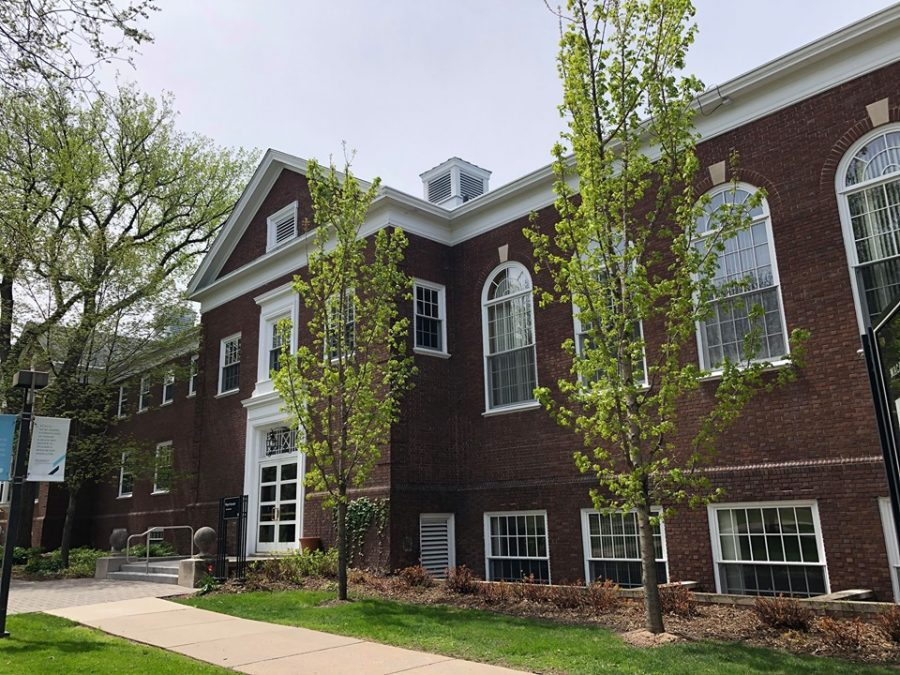 Weyerhaeuser Hall. Photo by Lily Denehy '22.