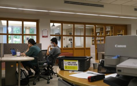 Students work in the library at the end of the quiet period. Photo by Malcolm Cooke '21.