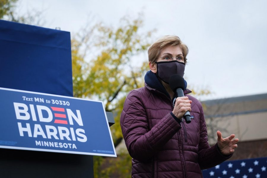 Elizabeth Warren addresses the crowd at a Get Out the Vote Rally on Shaw Field on Sunday, October 1, 2020. Photo by Kori Suzuki '21