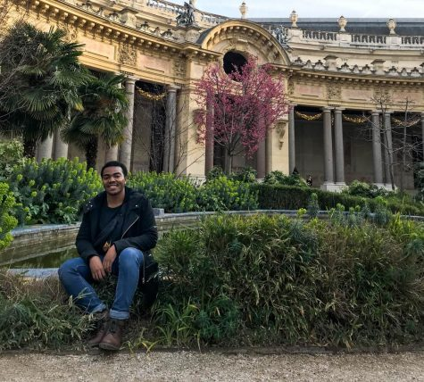 Kai Davis in the courtyard of Petit Palais. Photo by Elinor Jones