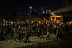 Protest on I-94 ends in five hour standoff, hundreds of arrests