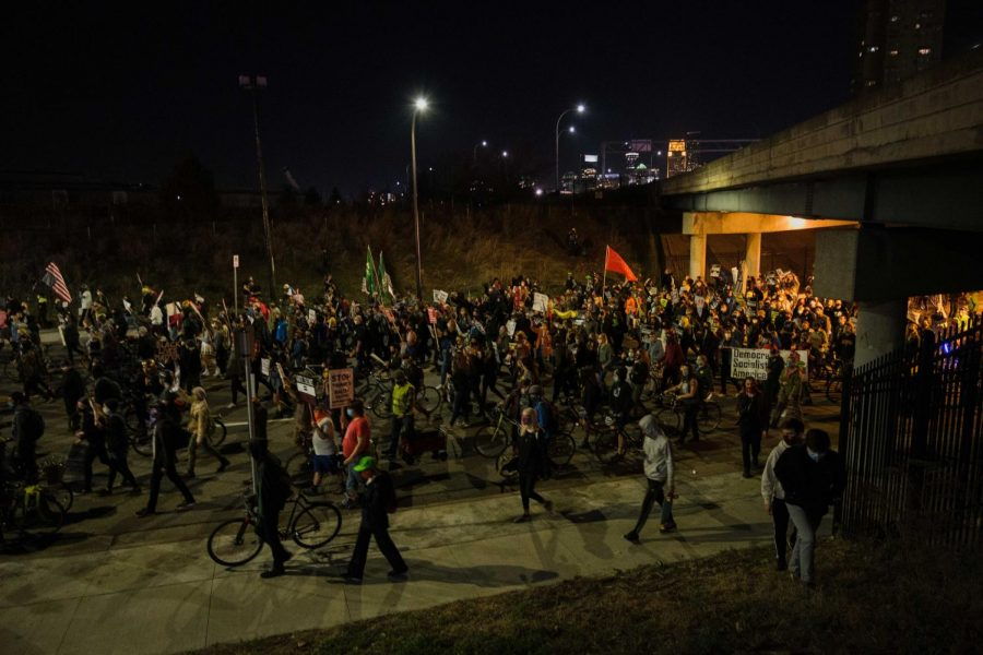Protest on I-94 ends in five hour standoff, hundreds of arrests
