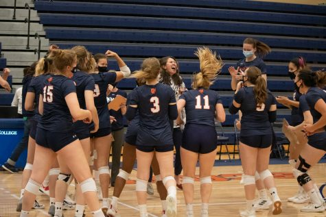 Volleyball wins first conference game since 2016